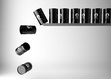 Barili da olio neri isolati su fondo bianco Fotografia Stock