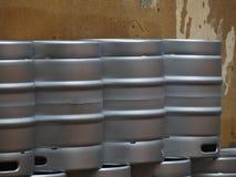 Barillets de bière en métal Photographie stock