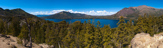 Bariloche阿根廷全景的Nahuel Huapi湖 免版税库存照片