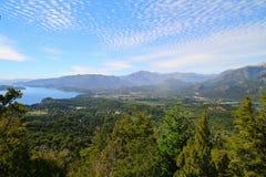 Bariloche sah von Cerro Campanario an Stockfoto