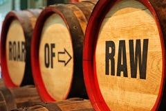 Barilotti all'esposizione della barileria alla fabbrica di birra del deposito di Guinness Fotografie Stock