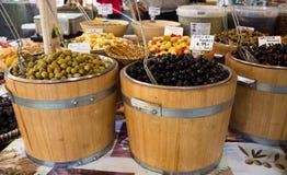 Barils d'olives photo stock