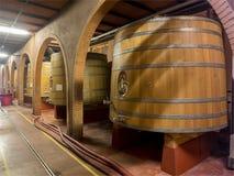 Barils de vin de chêne Photos stock
