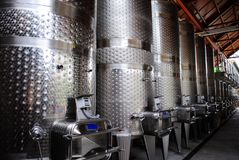 Barils de vin en métal Photo libre de droits