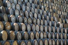 Barils empilés de whiskey Images stock