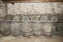 Barils en bois de cave Photo stock