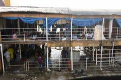Barisal, Бангладеш, 27-ое февраля 2017: Взгляд второго и третий класс Ракеты стоковое фото rf