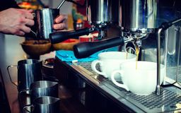 Barista Coffee Brewing royalty-vrije stock afbeelding