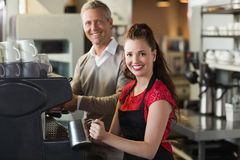 Barista making a cup of coffee Royalty Free Stock Photography