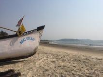 Barke in Goa, Morjim-Strand Stockfoto