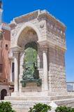 barletta wyzwanie Italy pomnikowy Puglia obrazy stock