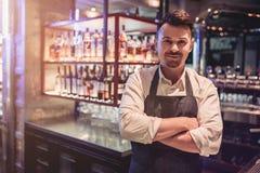 Barman in bar Stock Afbeeldingen