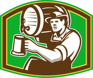 Barman Pour Beer Barrel de barman rétro Photos libres de droits
