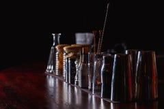 Barmanhulpmiddelen op bar Royalty-vrije Stock Fotografie