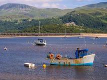 Barmouth海湾在Snowdonia国家公园,威尔士 免版税库存图片