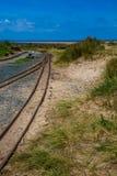 Barmouth i Fairbourne kontrpara kolejowy Wales uk obraz royalty free