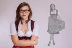 barn för bavariandräktkvinna royaltyfria bilder