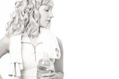 barn för genomkörare för kvinna för flaskvatten Fotografering för Bildbyråer