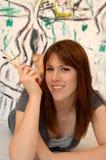 barn för konstnärmålarekvinna Arkivfoton