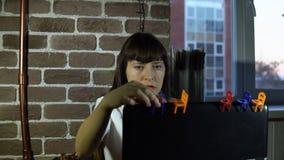 barn för kvinna för affärsbärbar datorkontor lager videofilmer
