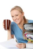 barn för kvinna för kaffekopp le royaltyfria foton