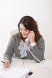 barn för kvinna för kontorstelefon le Royaltyfria Bilder