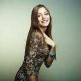 barn för kvinna för lycklig stående för mode le arkivfoton