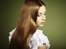 barn för kvinna för modehårfoto rött royaltyfri fotografi