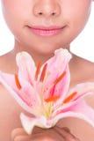 barn för kvinna för skönhetframsidablomma Royaltyfri Foto