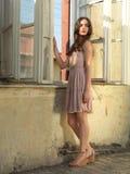 barn för kvinna för tappning för stående för modehus gammalt royaltyfri fotografi