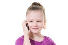barn för mobil telefon för flicka talande Arkivfoton