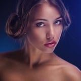 barn för skönhetframsidakvinna royaltyfri fotografi