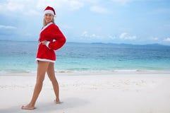 barn för kvinna för stranddräkt s santa Royaltyfri Foto