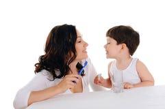 Barn fostrar och pojken Royaltyfria Bilder
