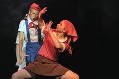 Barn från dansgruppen Arkivbild