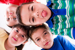 barn fyra barn Arkivfoto
