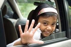barn goodbye som vågr Fotografering för Bildbyråer