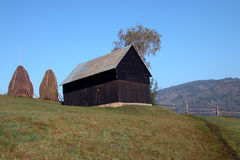 Barn on the hill Royalty Free Stock Photos