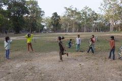 Barn i Angor Wat Arkivbild