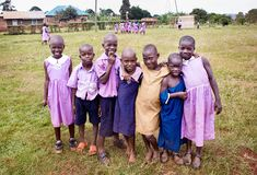 Barn i en skola i Uganda royaltyfri fotografi