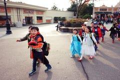 Barn i maskeradkläderna Fotografering för Bildbyråer