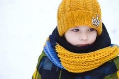 Barn i vintern Royaltyfri Bild