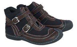 barn isolerade stilfulla säsongsbetonade skor för s Royaltyfria Foton
