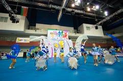 Barn konkurrerar i SpringCup den internationella danskonkurrensen Royaltyfri Bild