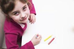 Barn ler Royaltyfri Bild