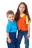 barn little som ler plattform tillsammans två royaltyfri fotografi