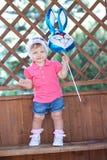 Barn med ballongen Royaltyfria Foton
