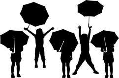 Barn med paraplyet vektor illustrationer