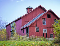 Barn. Old abandoned red barn in the fall Royalty Free Stock Photos