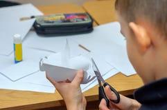Barn på en kurs av konsterna Fotografering för Bildbyråer